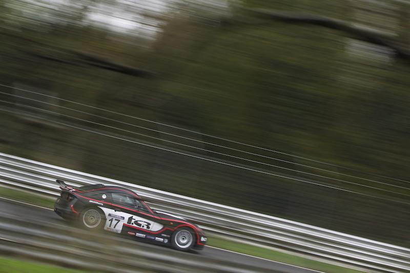 Matt Chapman Black Ginetta G40 GT5 Car Red Stripes Brands Hatch April 2016